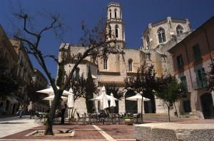 ثالث الاماكن السياحية في اسبانيا فيغيراس:image005