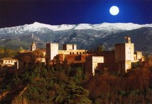 سابع الاماكن السياحية في اسبانيا قصر الحمراء في غرناطة